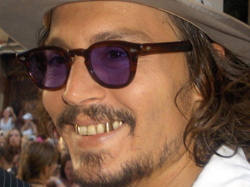 7. Джонни Депп знаменитости, овечкин, стандарты красоты, стоматолог, улыбка
