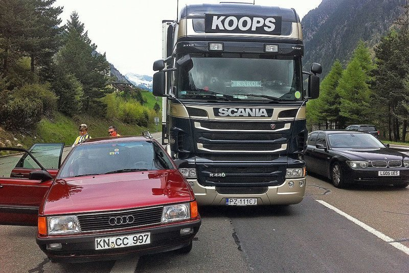 Немец подсчитал во сколько ему обошлась эксплуатация Audi в течение 30 лет audi, audi 100, авто, автомобили, деньги, ремонт авто, универсал