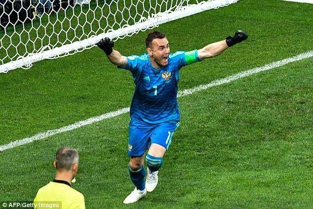 Он просто молодец! ynews, ЧМ 2018 Россия, ЧМ 2018 по футболу, гуляния, москва, победа, праздник, фоторепортаж