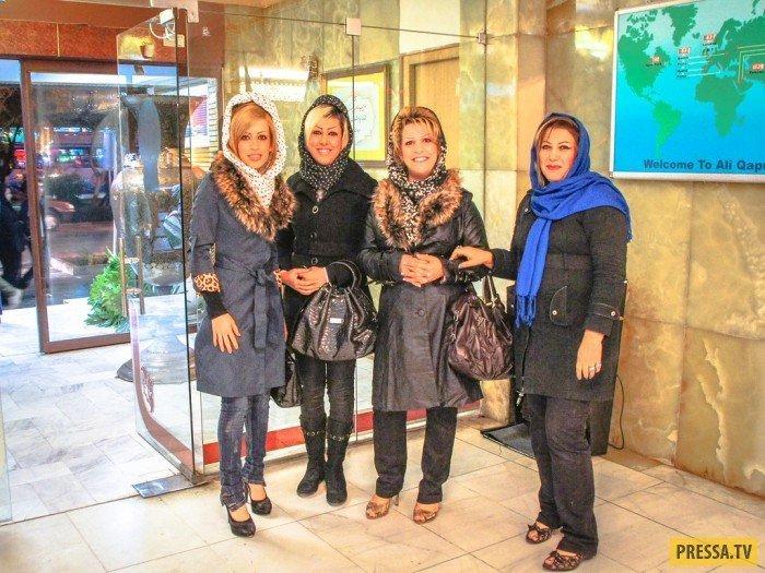 Модницы Исфахана специально попросили себя сфотографировать, чтобы в других странах узнали какие они красотки. девушки, история, факты