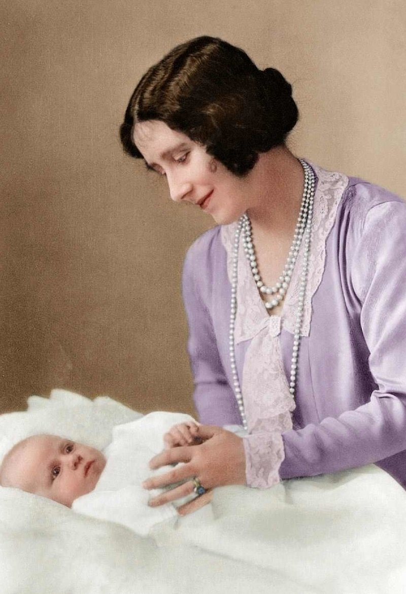 История британской королевской семьи в цветных фотографиях Виндзоры, Елизавета II, История в фотографиях, британская королевская семья, история в цвете, старые фото, фотографии, цветные снимки