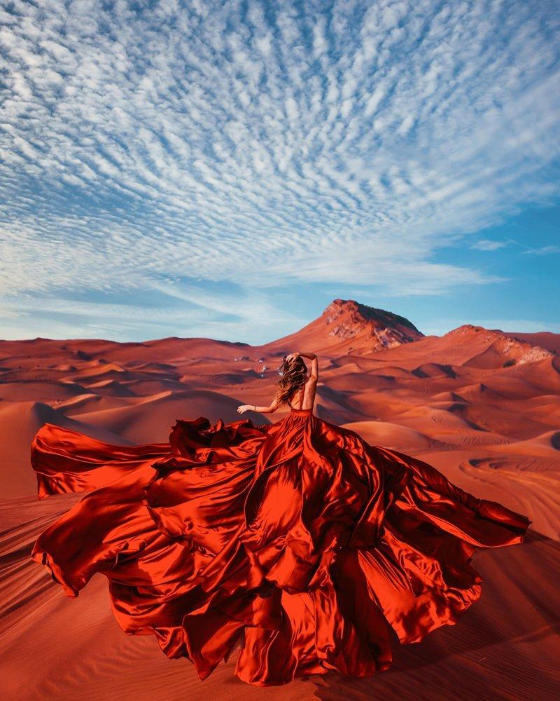 1. Пустыня Руб-эль-Хали, ОАЭ вау, девушки в платьях, красивые  места, красивые девушки, красота мира, модели, платья, фотопроект