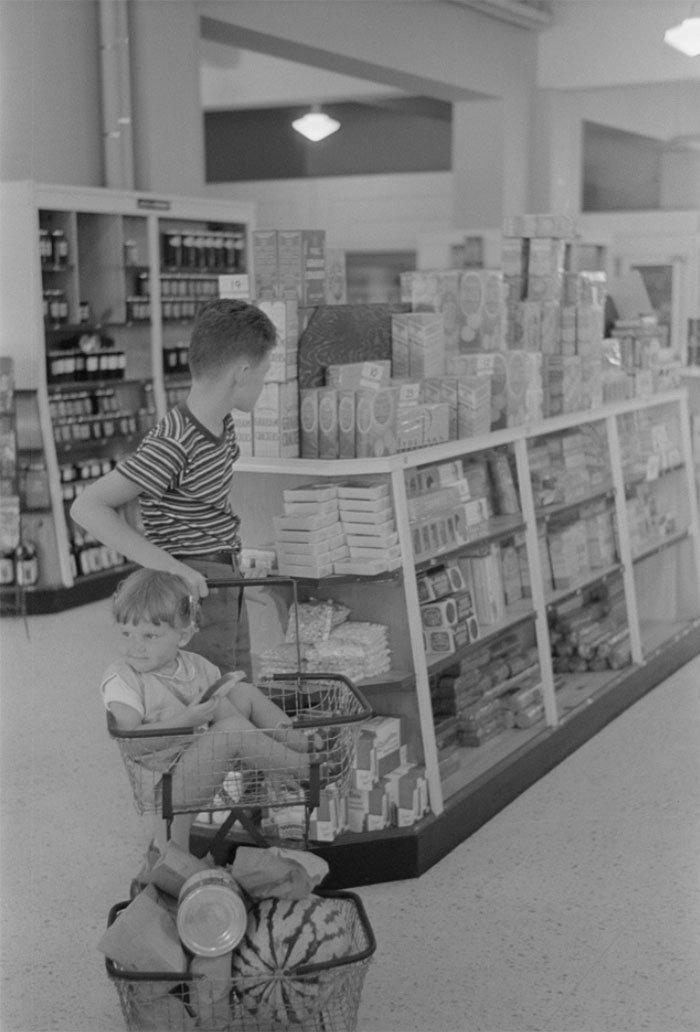 Кооперативный магазин в Гринбелте,Мэриленд, 1938 год винтаж, магазин, ретро, супермаркет, сша, универсам, фотография