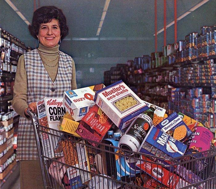 Продуктовая тележка, 1974 год  винтаж, магазин, ретро, супермаркет, сша, универсам, фотография