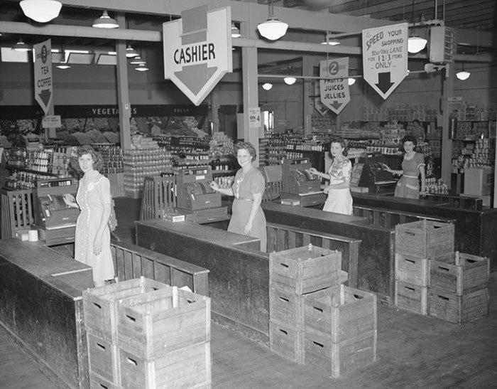 Универсам в Ок-Ридж, Теннесси, 4 июля 1945 года  винтаж, магазин, ретро, супермаркет, сша, универсам, фотография