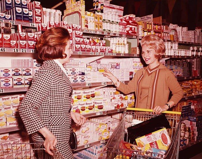 Покупательницы, 1970 год винтаж, магазин, ретро, супермаркет, сша, универсам, фотография