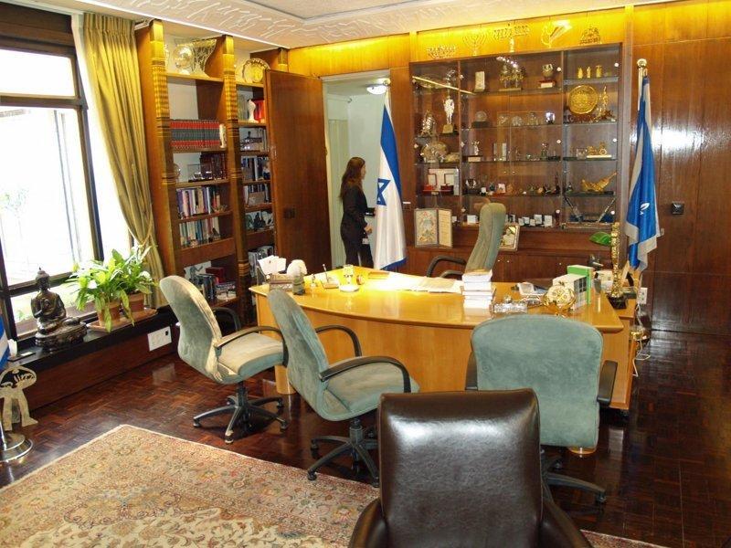 2. Израиль, Реувен Ривлин где решают вопросы президенты, глава страны, главы государств, кабинет президента, президенты, рабочие кабинеты президентов