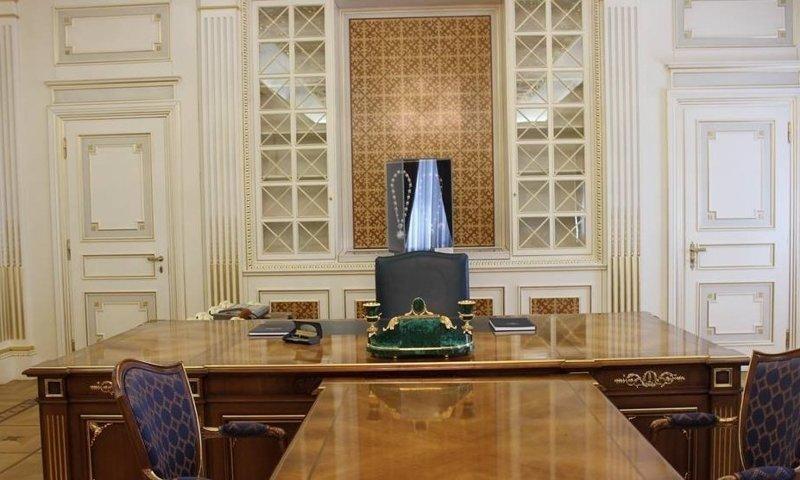 Вот так выглядит современный кабинет Нурсултана Абишевича где решают вопросы президенты, глава страны, главы государств, кабинет президента, президенты, рабочие кабинеты президентов