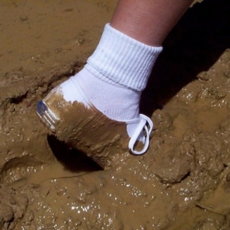 Вот почему в России сложно носить белую обувь неприятности, прикол, худший день, юмор