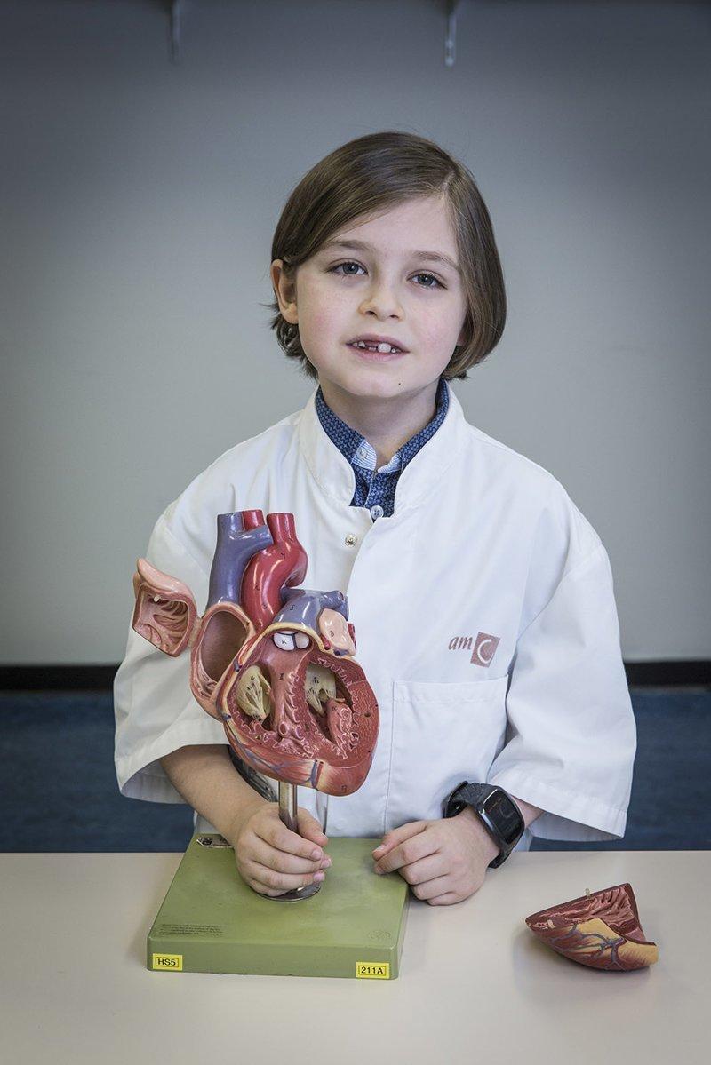 Восьмилетний бельгиец закончил школу за полтора года и готовится к поступлению в университет Belgique, Laurent Simons, Бельгия, вундеркинд