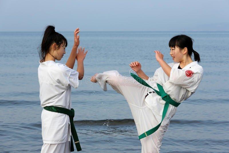 Победа – стыдно аниме, девушки, декольте, стыд, тело, традиции, япония