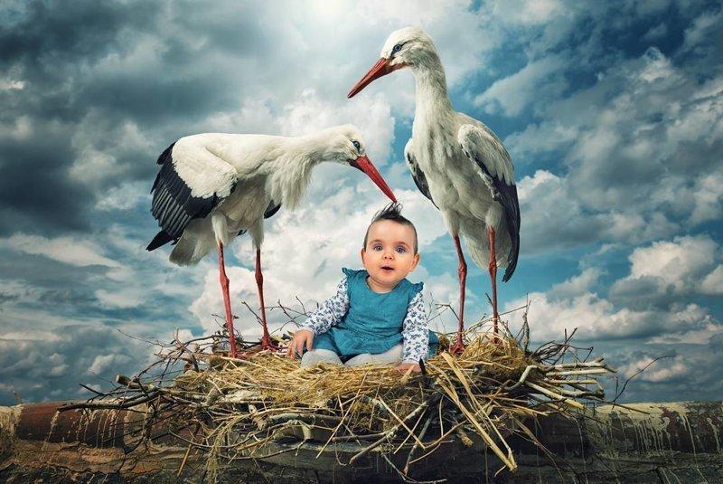 Креативный папа создаёт с помощью Фотошоп удивительно приключенческие снимки со своими детьми дети, креатив, монтаж, отец, творчество, фантазия, фотошоп