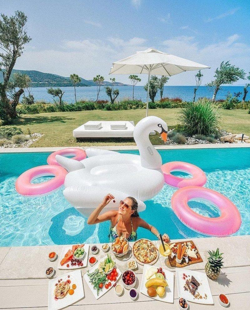 Британка Дженнифер Таффн наслаждается жизнью, полной приключений Instagram, богатство, девушка, жизнь, роскошь, соцсеть, фото
