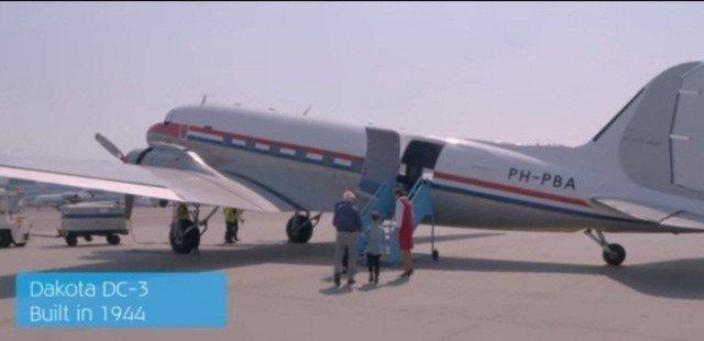 Самолет Dakota для полета над Амстердамом.  выигрыш, история, факты