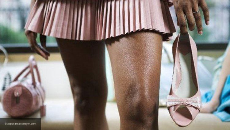 2. Полные девушки далеко не всегда могут ходить в юбках. Из-за жары они рискуют сильно натереть внутреннюю поверхность бедер. волосы, женщины, косметика, лето, мороженое, пляж, проблемы