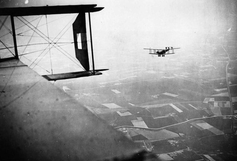 8. Снимок из кабины британских бомбардировщиков, 1918 война, война в воздухе, война в небе, вторая мировая война, исторические фото, первая мировая война