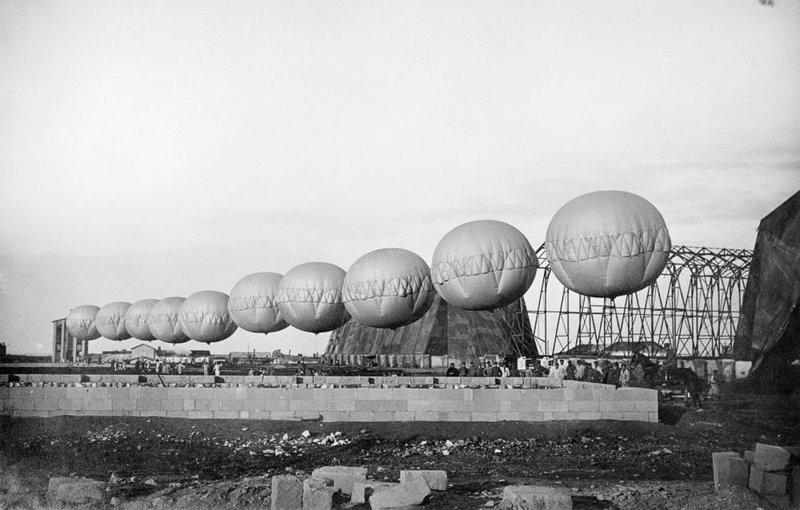 5. Цепь итальянский заградительных воздушных шаров, 1918 война, война в воздухе, война в небе, вторая мировая война, исторические фото, первая мировая война