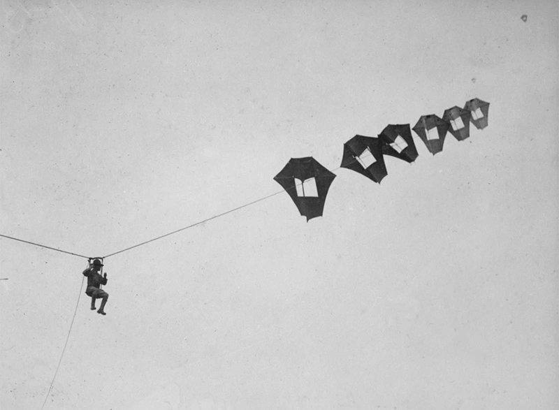 9. Лейтенант Кирк Бут из США поднялся ввысь с помощью гигантского переносного змея Перкинса, 1914-1918 война, война в воздухе, война в небе, вторая мировая война, исторические фото, первая мировая война