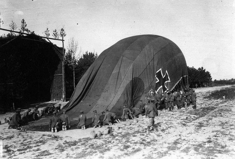 3. Запуск немецкого аэростата, 1914 война, война в воздухе, война в небе, вторая мировая война, исторические фото, первая мировая война