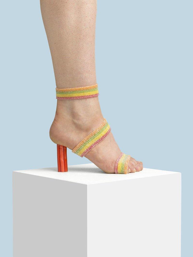 8. Конфета art, дизайн, забавно, идеи, концепции, обувь, приколы, фотограф