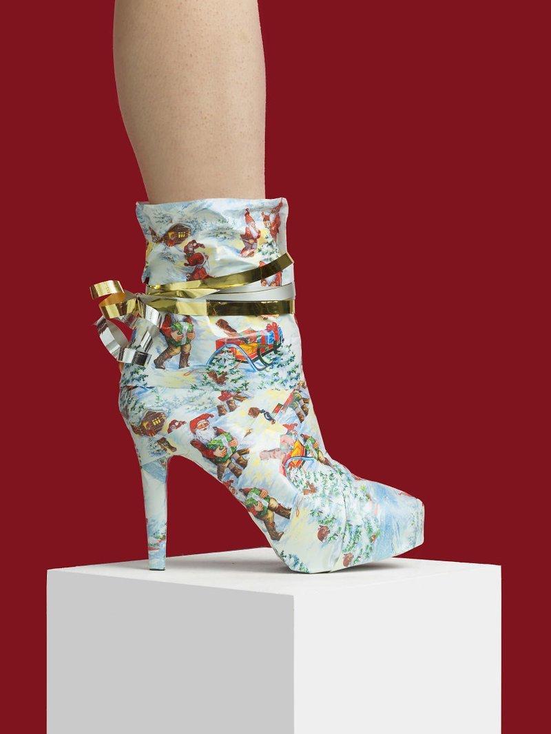 2. Рождество art, дизайн, забавно, идеи, концепции, обувь, приколы, фотограф