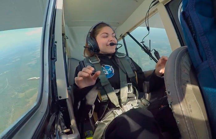 Помимо серьезных тренировок в космических центрах, Алисса учится в школе с изучением 4 языков nasa, Марс Космос, астронавтка, космос, марс, миссия, сша, центр подготовки космонавтов