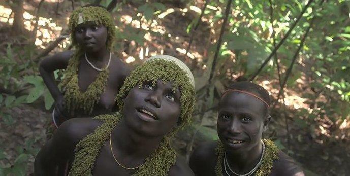 Племени, прожившему вдали от цивилизации тысячи лет, грозит исчезновение андаманские острова, вдали от цивилизации, джарава, дикое племя, интересно, позравательно, путешествия, удивительно
