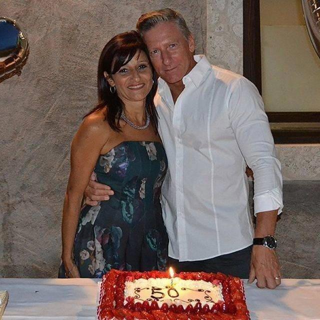 Роберто вместе со своей женой бодибилдер, внешность, качок, отец, спорт, сын