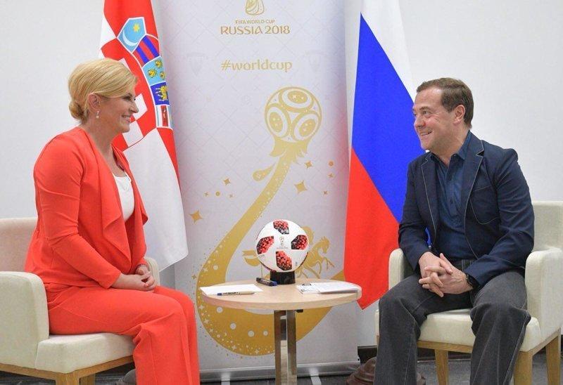 Аппетитная цэрэушница, обаятельная глобалистка глобалисты, сша, футбол, хорватия, цру, чм-2018