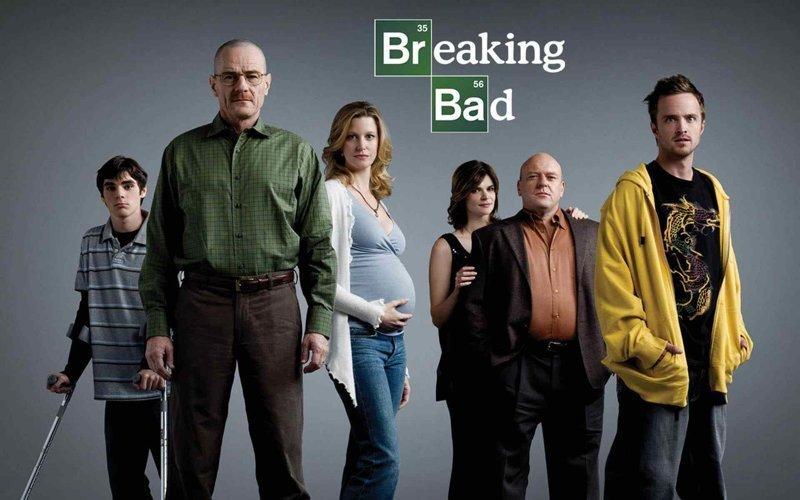 """Вот так выглядел постер первого сезона сериала """"Во все тяжкие"""" (2008) видео, во все тяжкие, кино, сериал, тогда и сейчас, фильм, фотосессия"""