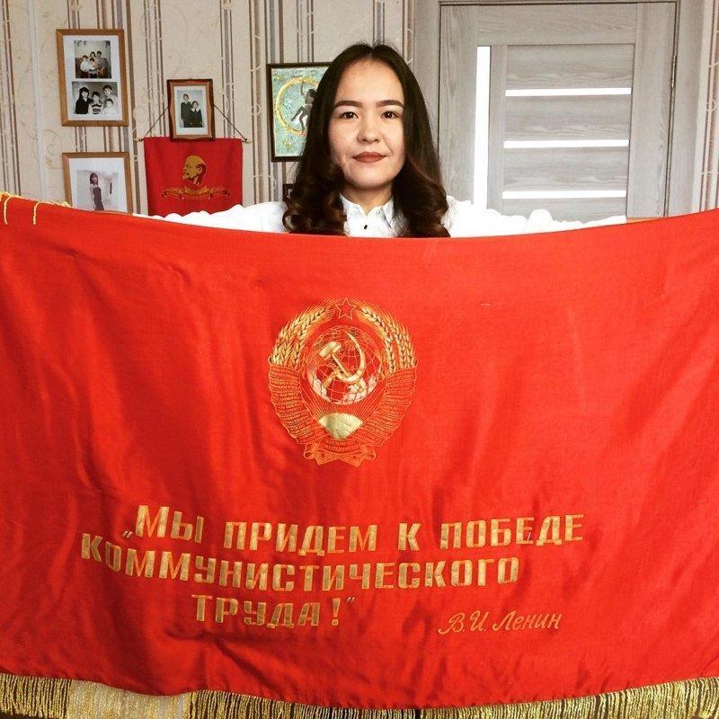Говорят история развивается по спирали, так что кто знает, что ждет нас впереди, может и придем к этой самой победе... жить в россии, коммунизм, память, прошлое, символика