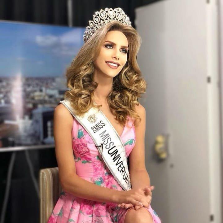 """Обладательница титула """"Мисс Вселенная"""" получит корону, 250 тысяч долларов и право на двухлетнее обучение в New York Film Academy transgender, Анхела Понсе, испания, конкурс, мисс вселенная, участница, фото"""