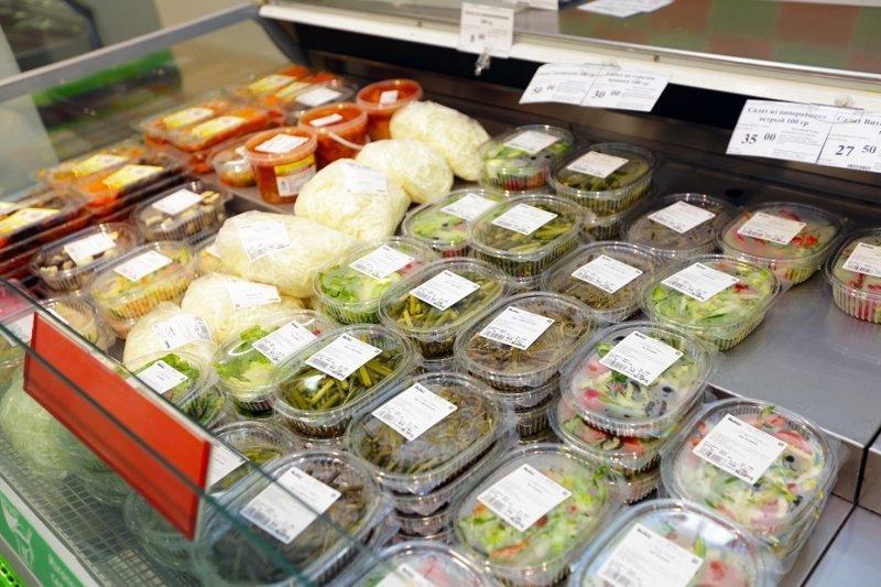 2. В отделе готовых продуктов будьте внимательнее  инструкция, как купить качественный товар, магазины, недобросовестные продавцы, плохие продавцы, секреты, фото, хитрости