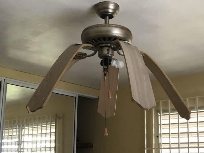 Комнатный вентилятор, оплавившийся от жары забавно, интересно, необычно, редкости, рукотворные чудеса, странные вещи, удивительное рядом, чудеса природы
