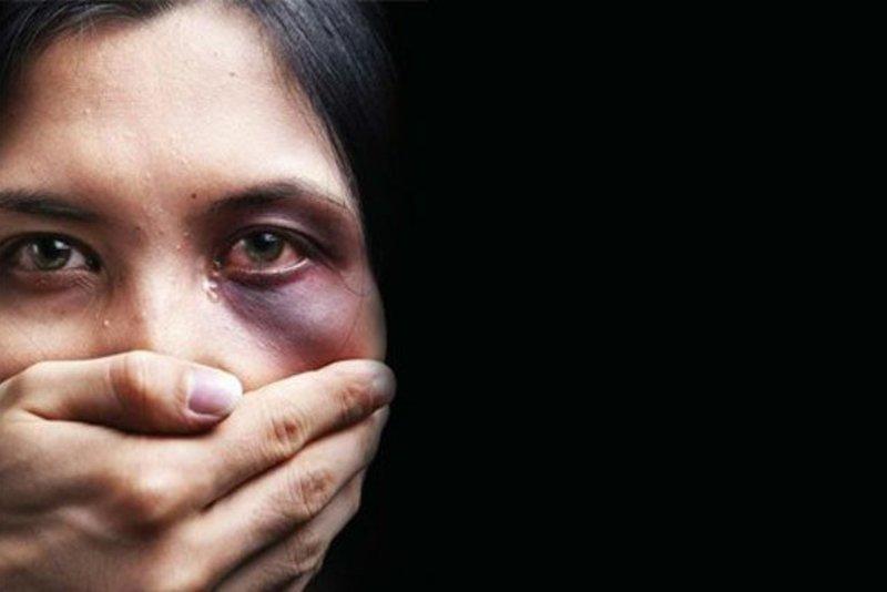Соседку бьет муж. Стоит ли вмешиваться? брак, истории, психология, семейные отношения, ссора, супруги