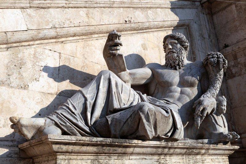Ужин с убийцей Калигула, безумие, история, культ, лошадь, факты