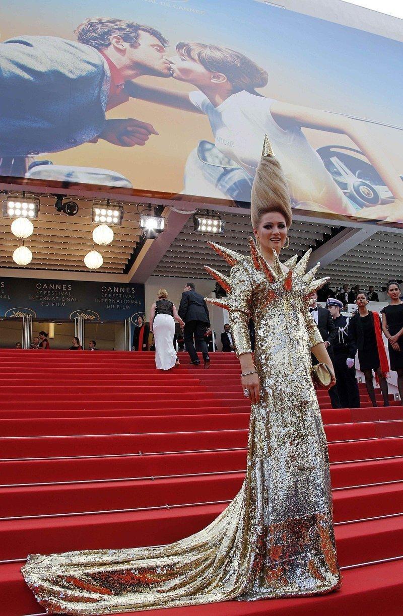 Парикмахер-бестолочь, или 13 провальных образов главной графини России Лена Ленина, гламур, канны, образы звезд, прически, светская львица