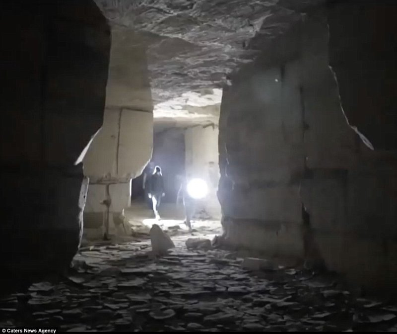 В подземной каменоломне в Нидерландах нашли 400-летние рисунки искусство, исследования, история, каменоломни, находки, нидерланды, под землей, рисунок