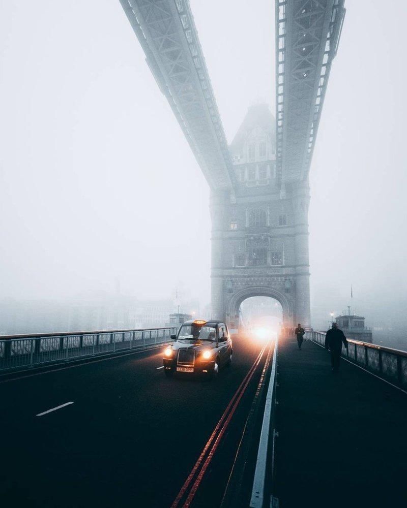 Современные снимки, как вы могли заметить, мало чем отличаются от сделанных даже 100 лет назад - туман продолжает окутывать город англия, лондон, погода, туман, туман-убийца, фото