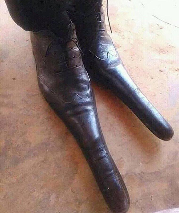 20. Когда узнал, что длинноносые туфли это модно видео, дизайн, интересное, маразм, мода, обувь, подборка