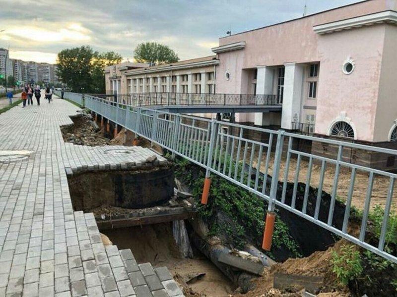 Дождь размыл набережную, построенную в Нижнем Новгороде к ЧМ-2018 дорога, набережная, насяльника, нижний новгород, россия, футбол, чемпионат мира