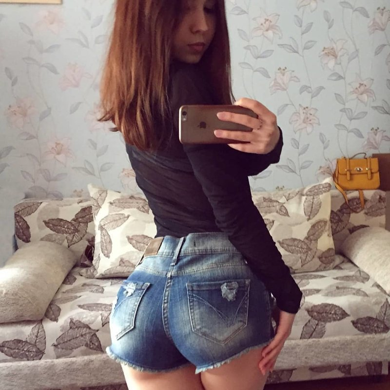 Чем жарче лето, тем короче шорты девушки, красота, лето, россия, тепло, шорты