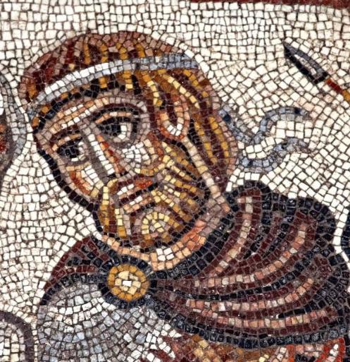 Одна из картин посвящена встрече Александра Македонского с  еврейским первосвященником, первый небиблейский сюжет  Израиль, археология, мозаика, наука, открытие, синагога, сюжет