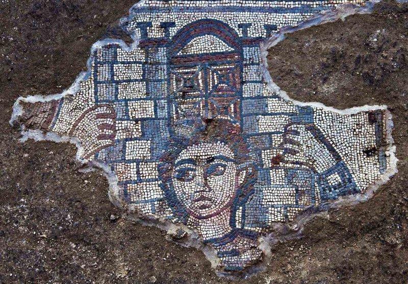 В ходе раскопок в синагоге Хукока в Галилее археологи обнаружили мозаичные сюжеты V века нашей эры Израиль, археология, мозаика, наука, открытие, синагога, сюжет