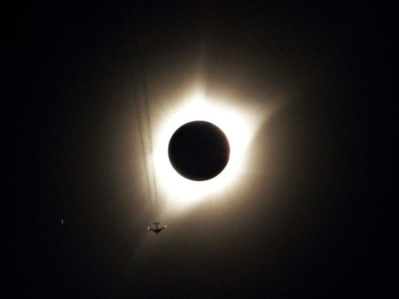 Полное солнечное затмение, 21 августа 2017 года кадр, момент, ракурс, событие, фотография, фотомир, явление