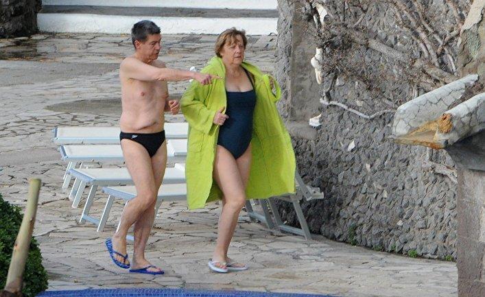 Лидер Туркменистана стал рэпером, или Президентские каникулы Аваза, Меркель, Трамп, Туркмения, отпуск, путин, рэп