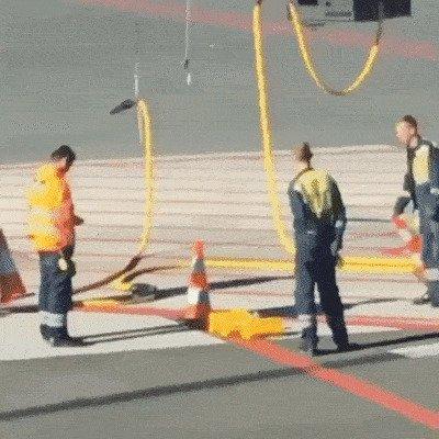 аэропорт, аэрошутки, багаж, забавно, забавные пассажиры, зал ожидания, смешно, юмор