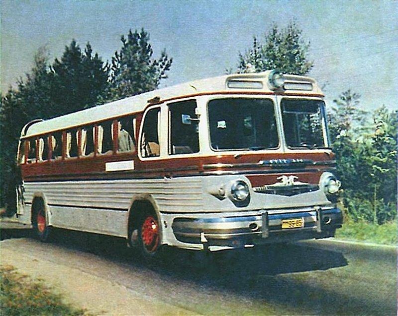 Шедевр советского автодизайна -  междугородный автобус ЗИС-127. На этом снимке 1955 г. ещё опытный образец СССР, история, фотографии в цвете