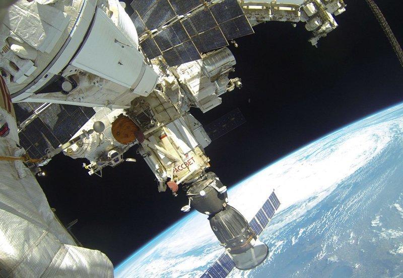 """Как """"Роскосмос"""" обогнал """"SpaceX"""" SpaceX, обогнал, роскосмос"""