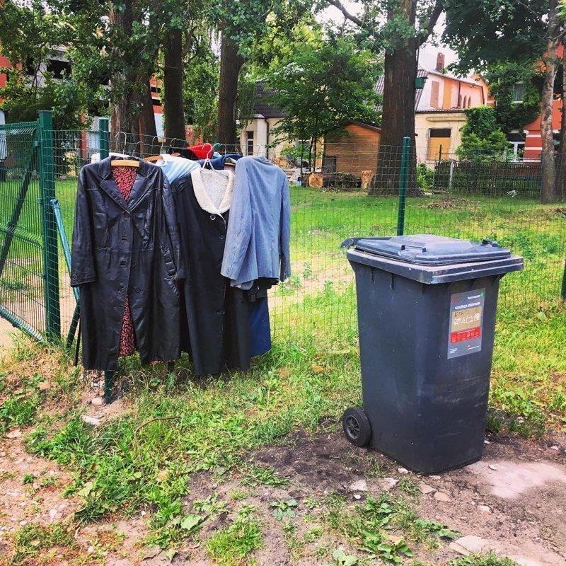 7. И зачем нужны распродажи? мусорка, помойка, помойное ведро, россия, свалка, фото